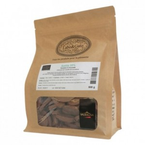 Azélia 35% milk and hazelnuts chocolate Gourmet Creation beans 500 g