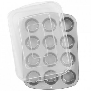 Wilton Recipe Right® Covered Muffin Pan